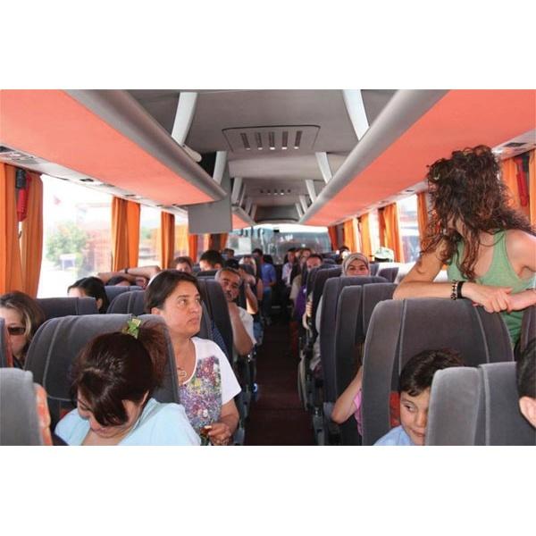Seyahat esnasında yolcular